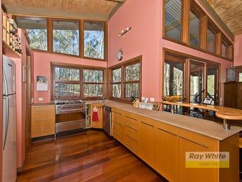 Modern open plan kitchen design using floorboards - Kitchen Photo 2329953