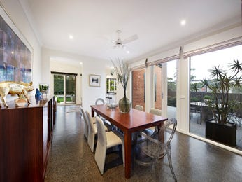 Photo of a dining room design idea from a real Australian house - Dining Room photo 16001497