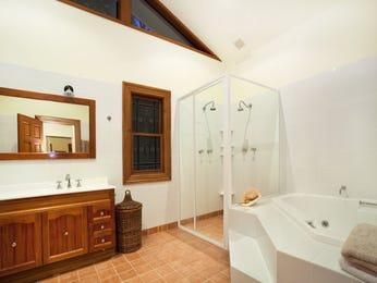 Modern bathroom design with freestanding bath using tiles - Bathroom Photo 424276