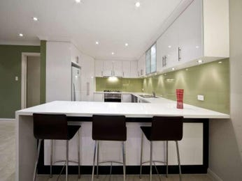 U Shaped Kitchen Designs With Breakfast Bar In Green