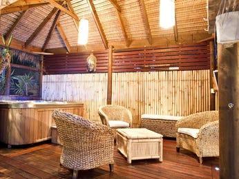 Indoor-outdoor outdoor living design with bbq area & decorative lighting using timber - Outdoor Living Photo 441554