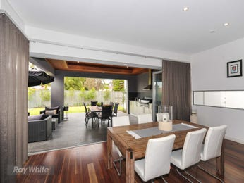 Photo of a dining room design idea from a real Australian house - Dining Room photo 7850457