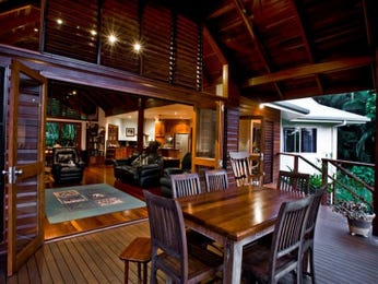 Outdoor living design with deck from a real Australian home - Outdoor Living photo 453123
