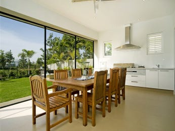 Modern dining room idea with glass & floor-to-ceiling windows - Dining Room Photo 426261