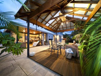 Tropical Outdoor Area Ideas With Pergola