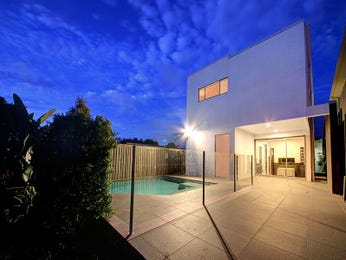 Photo of swimming pool from a real Australian house - Pool photo 8386269