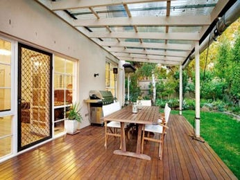 Outdoor living design with bbq area from a real Australian home - Outdoor Living photo 452763