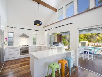 Ceiling skylight in a kitchen design from an Australian home - Kitchen Photo 17073997