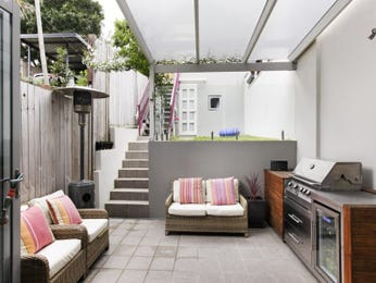 Outdoor living design with bbq area from a real Australian home - Outdoor Living photo 16699497