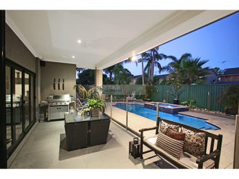 Outdoor living design with bbq area from a real Australian home - Outdoor Living photo 238687