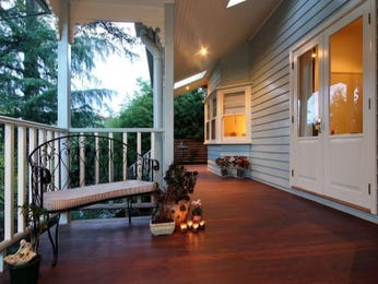 Outdoor living design with spa from a real Australian home - Outdoor Living photo 463873