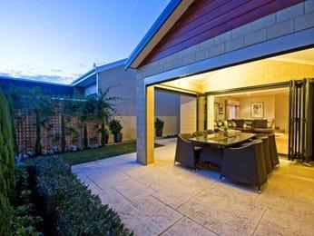Indoor-outdoor outdoor living design with verandah & decorative lighting using tiles - Outdoor Living Photo 434692