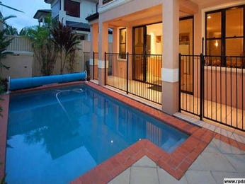 Swim spa pool design using bluestone with decking & decorative lighting - Pool photo 435270