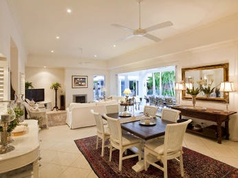 Photo of a dining room design idea from a real Australian house - Dining Room photo 501171