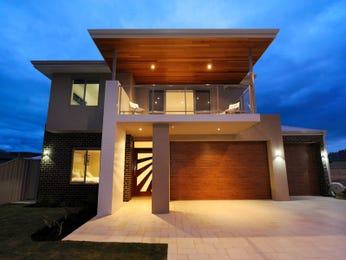 Photo of a bluestone house exterior from real Australian home - House Facade photo 668573
