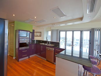 Floorboards in a kitchen design from an Australian home - Kitchen Photo 1300230
