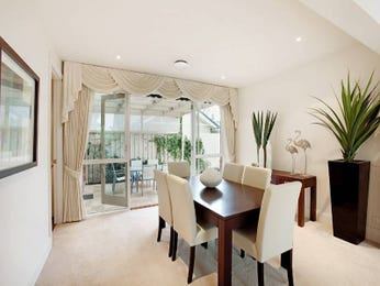Classic dining room idea with glass & french doors - Dining Room Photo 394500