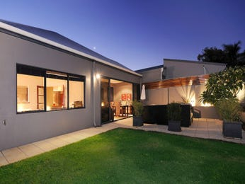 Photo of a tiles house exterior from real Australian home - House Facade photo 1181371