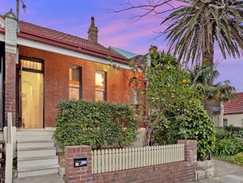 Photo of a brick house exterior from real Australian home - House Facade photo 1513323