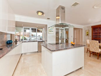 Marble in a kitchen design from an Australian home - Kitchen Photo 1055909