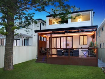 Photo of a tiles house exterior from real Australian home - House Facade photo 1456271