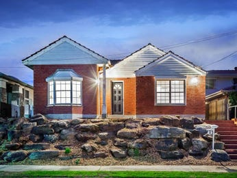 Photo of a brick house exterior from real Australian home - House Facade photo 1586486