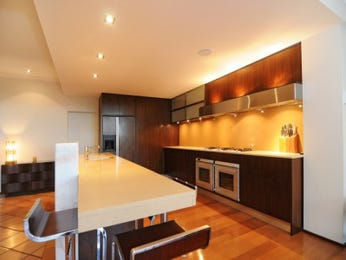 Decorative lighting in a kitchen design from an Australian home - Kitchen Photo 1562511