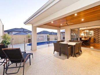 Outdoor living design with outdoor dining from a real Australian home - Outdoor Living photo 901433