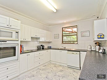 Marble in a kitchen design from an Australian home - Kitchen Photo 1251964