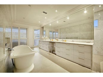 Glass in a bathroom design from an Australian home - Bathroom Photo 1207234