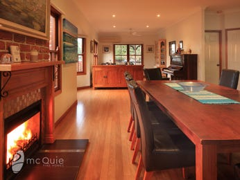 Photo of a dining room design idea from a real Australian house - Dining Room photo 8528217