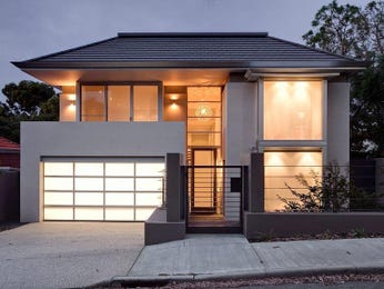 Photo of a tiles house exterior from real Australian home - House Facade photo 843549