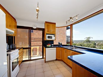 Granite in a kitchen design from an Australian home - Kitchen Photo 1175611