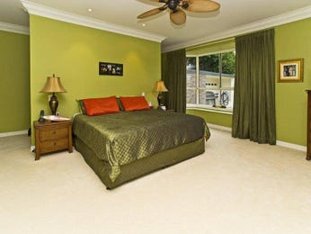 Gold bedroom design idea from a real Australian home - Bedroom photo 727345