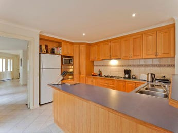 Hardwood in a kitchen design from an Australian home - Kitchen Photo 1502925