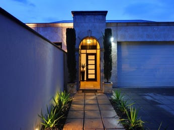 Photo of a tiles house exterior from real Australian home - House Facade photo 639494