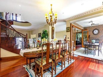 Photo of a dining room design idea from a real Australian house - Dining Room photo 8289301