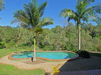 In-ground pool design using brick with pool fence & fountain - Pool photo 1538860