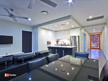 Modern dining room idea with glass & bar/wine bar - Dining Room Photo 1382724