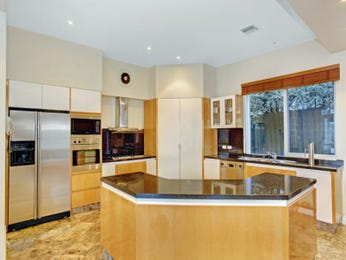 Marble in a kitchen design from an Australian home - Kitchen Photo 479183