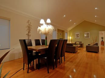 Formal dining room idea with floorboards & sash windows - Dining Room Photo 305573