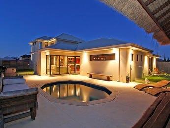 Geometric pool design using pavers with bbq area & decorative lighting - Pool photo 926698