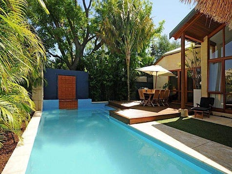 View the cool houses photo collection on home ideas - Piscine pour petit jardin ...
