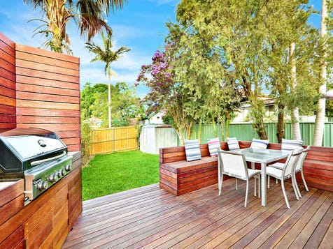 view the outdoor entertaining area photo collection on