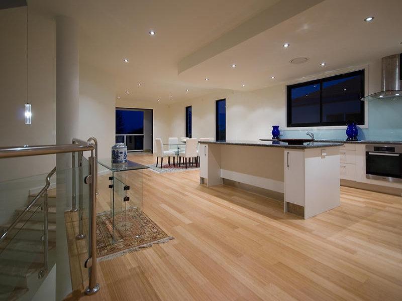Modern Kitchen dining Kitchen Design Using Floorboards