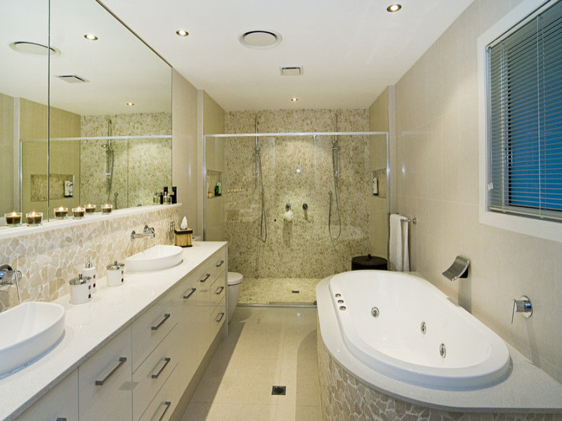 Modern bathroom design with spa bath using marble for Design own bathroom