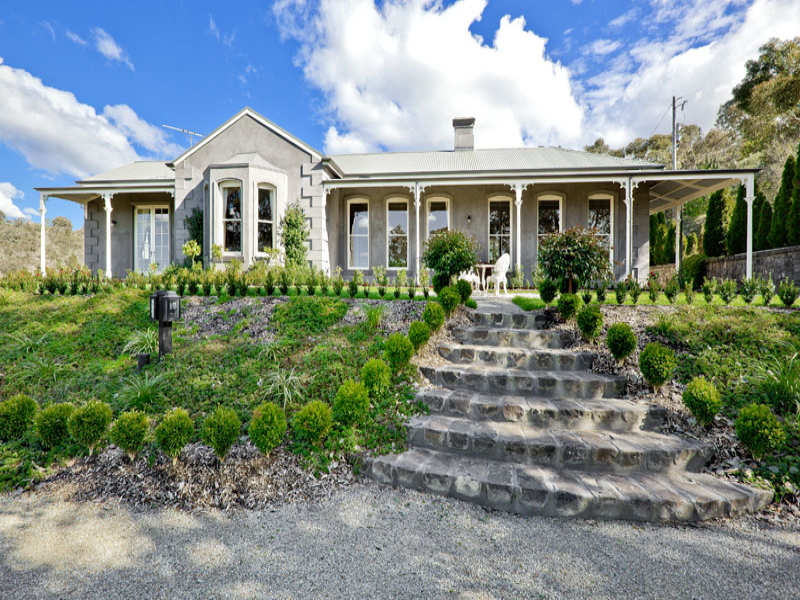 photo of a stone house exterior from real australian home