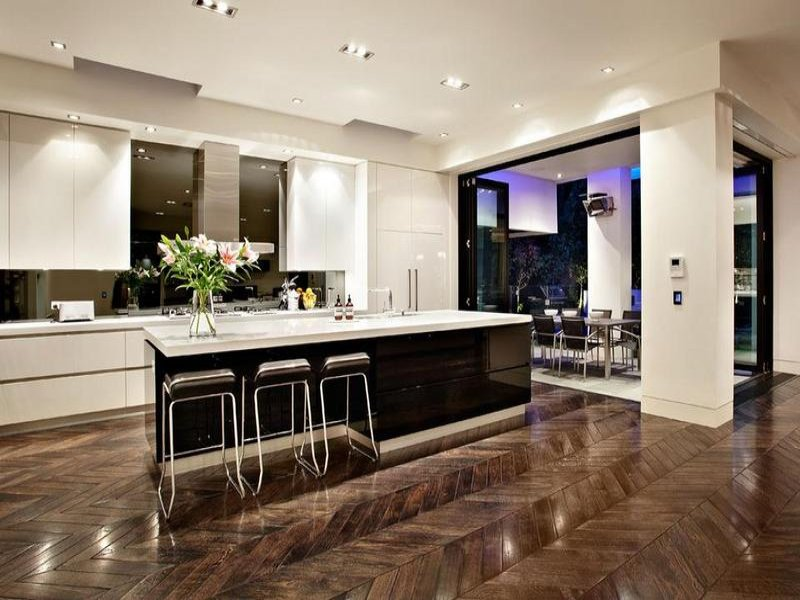 Modern Island Kitchen Design Using Floorboards