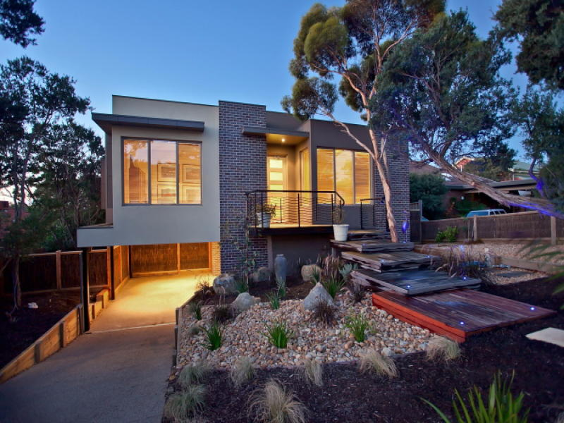 Photo of a bluestone house exterior from real australian for Bluestone house