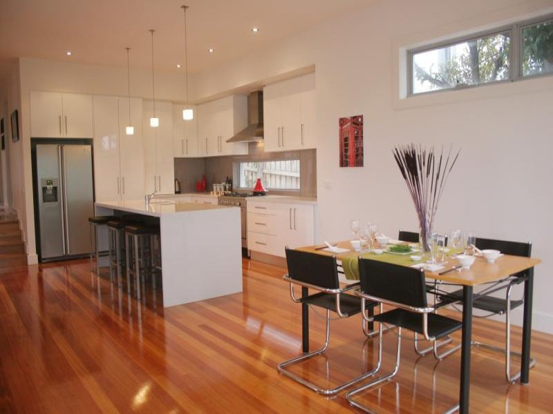 Modern kitchen-dining kitchen design using hardwood - Kitchen Photo 495428